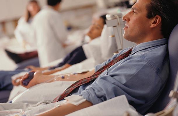 क्यों नहीं करते लोग रक्तदान