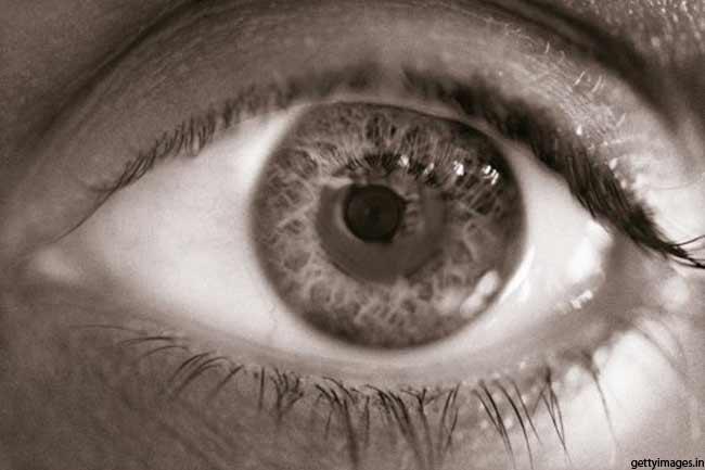 आंखों जैसा नहीं कोई कैमरा