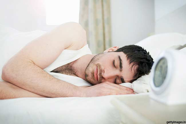 भोजन नहीं नींद जरूरी
