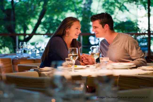 डेटिंग रखें प्यार को जवां