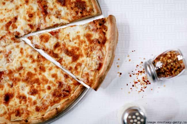 पिज्जा से बचें