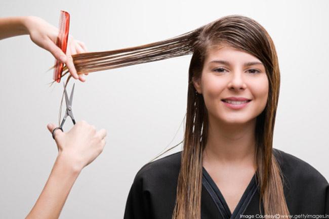 बालों की नियमित ट्रिमिंग
