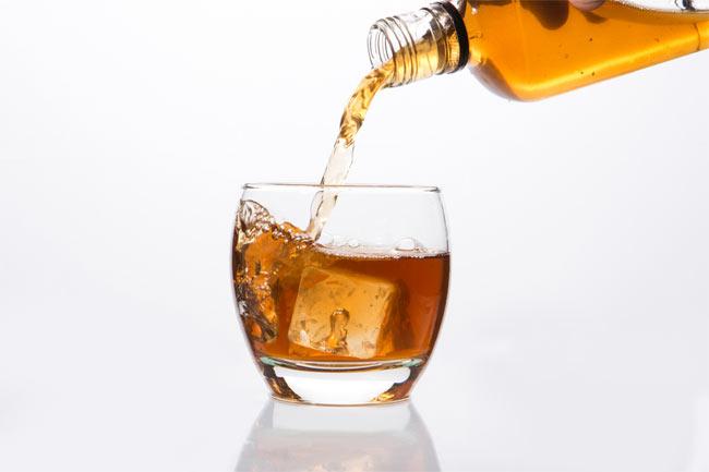 शराब को कहें ना