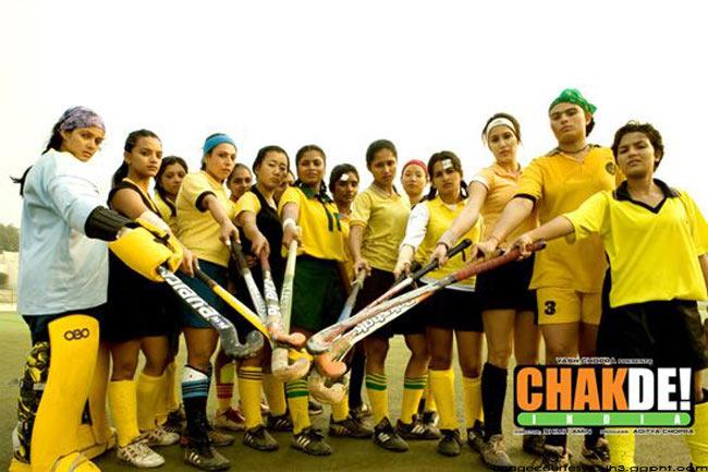 चक दे इंडिया  (2007)