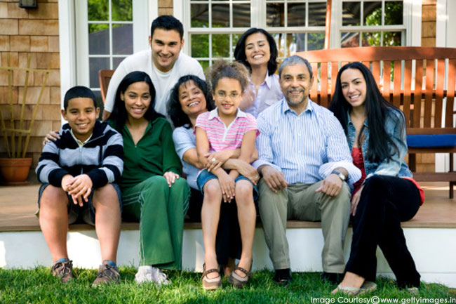 परिवार के इतिहास के बारे में जानें