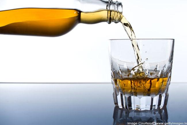 शराब से रहें दूर