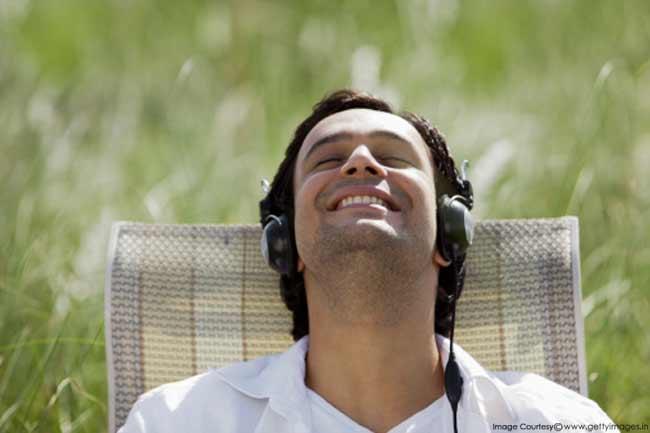 संगीत सुनना