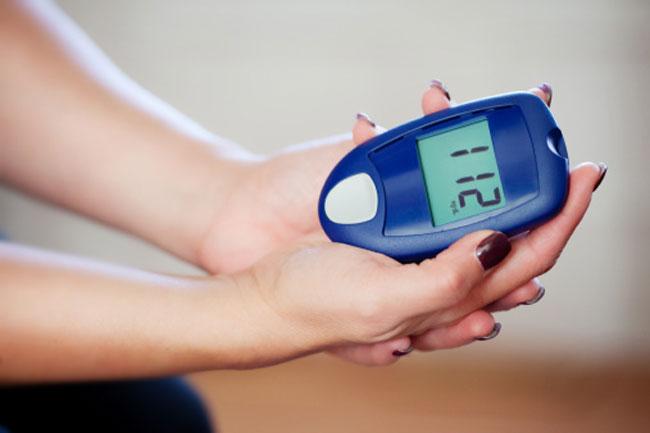रिमोट ग्लूकोज की निगरानी