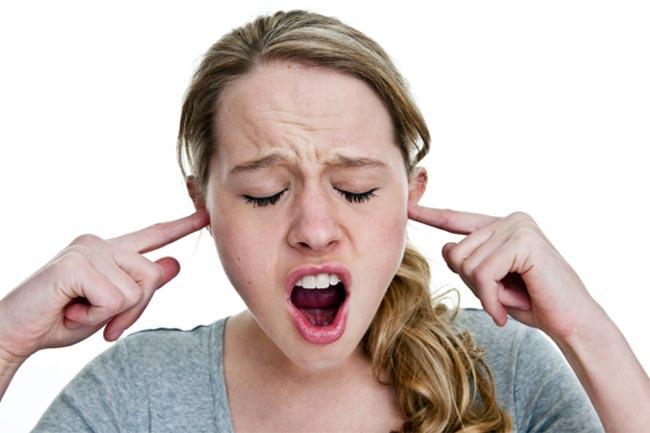 कान बंद करने का तरीका
