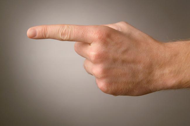 लंबी उंगली वाले कामाते हैं ज़्यादा