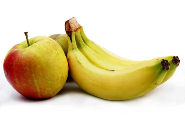 केला और सेब