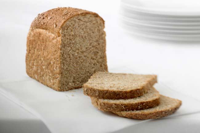 साबुत अनाज की ब्रेड