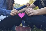 एसटीडीज़ के प्रति सचेत रहकर अपने प्यार को बनाएं सुरक्षित