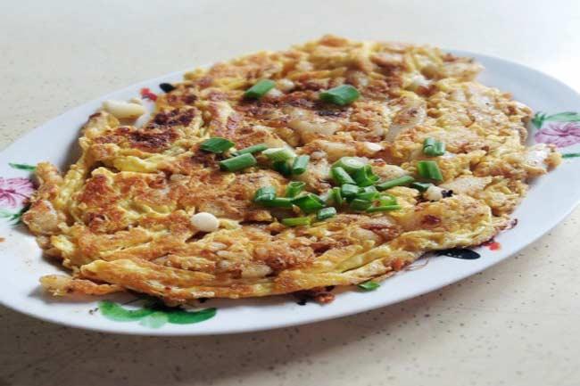 बंगाली अंदाज में सिके अंडें