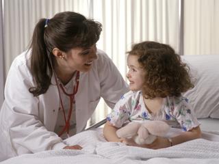 क्या करें जब बच्चा डॉक्टर से डरने लगे