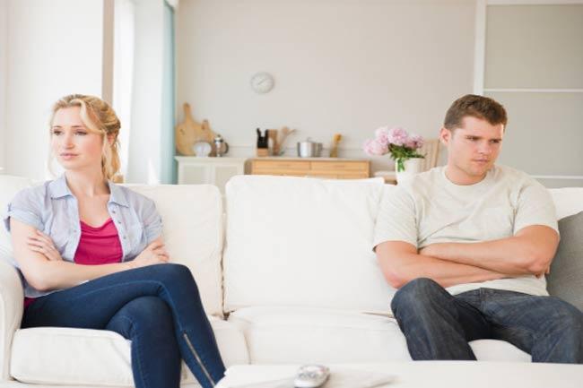 रिश्ते जब बन जाते हैं भार