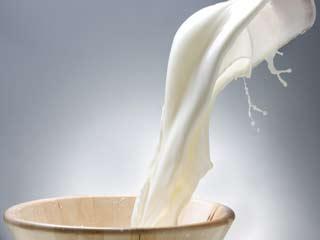 दूध से कैसे निखारे सौंदर्य