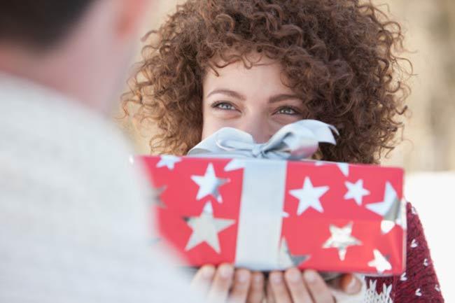 उपहार दें