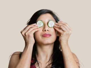 Soothe your Worn-out Eyes with these Easy Tips