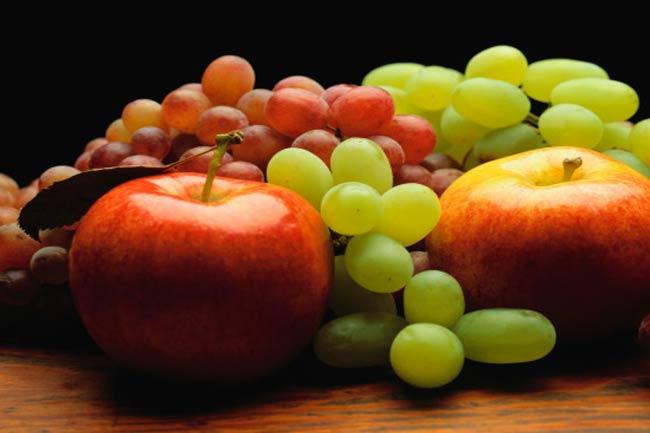 डाइट में कितने फल लें