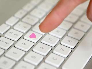 ऑनलाइन डेटिंग के लिए हो जाएं तैयार