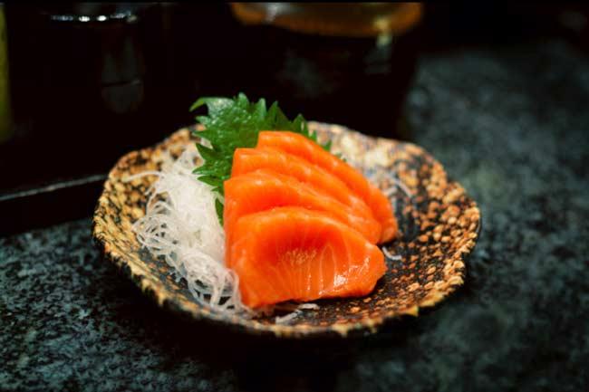 मछली का सेवन करें