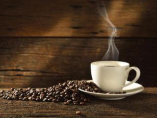 त्वचा को निखारने के लिए करें कॉफी का सेवन