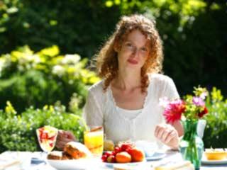 पेट कम करने में मदद करेंगे ये दस नाश्ते