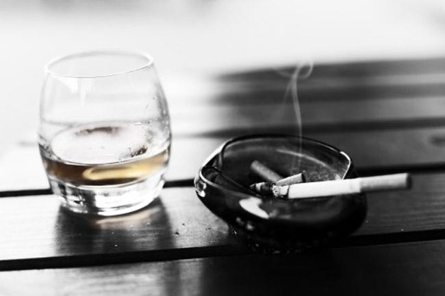 शराब और धूम्रपान से बचें