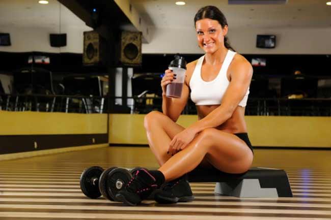 भूखे पेट व्यायाम न करें