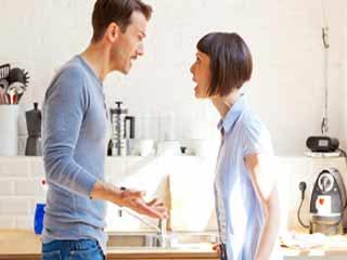 रिश्ते में बहस से कैसे बचें