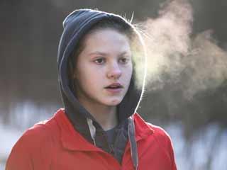 आसान तरीके जो इन सर्दियों में रखेंगे फिट