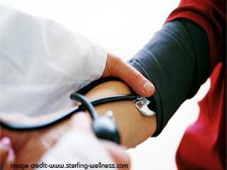 हाइपरटेंशन से दिल पर क्या असर पड़ता है।