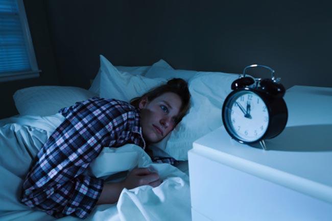 क्यों आती है नींद?