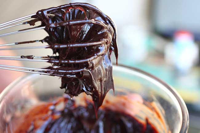 चॉकलेट फ्रॉस्टिंग - शुगर फ्री
