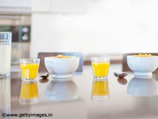 आयरनयुक्त शेक- स्वस्थ नाश्ते की रेसेपी