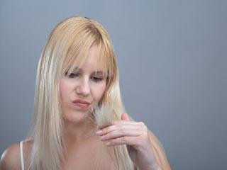 दोमुंहे बालों की समस्या को सुलझायें