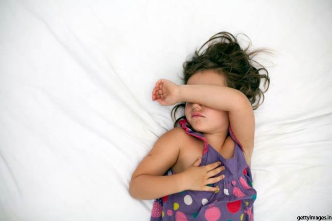 दोपहर में सोना