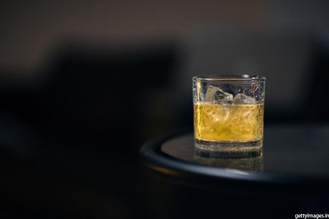 शराब: दोस्त या दुश्मन?