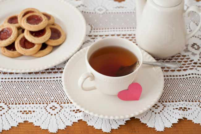 Tea Reduces the Risk of Heart Disease