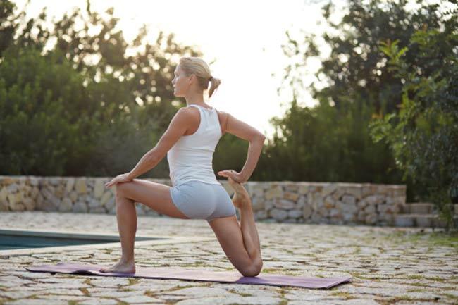 व्यायाम जितनी ही जरूरी है स्ट्रेचिंग