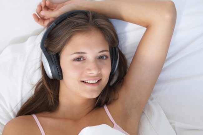 संगीत सुनें या पढ़ें