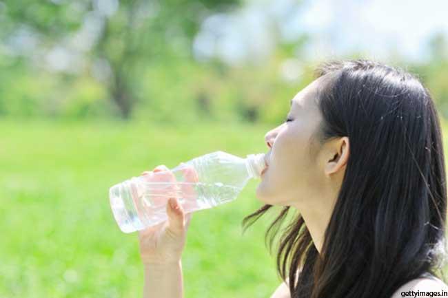 पानी की पर्याप्त मात्रा