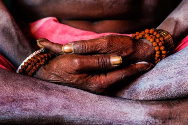 ध्यान धार्मिक क्रिया है