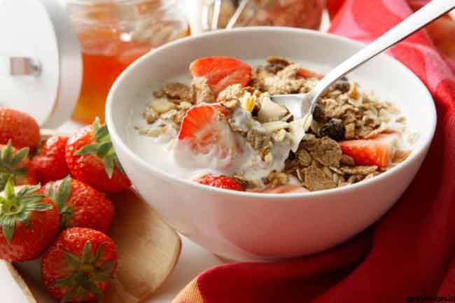 चुस्त बनाये नाश्ता