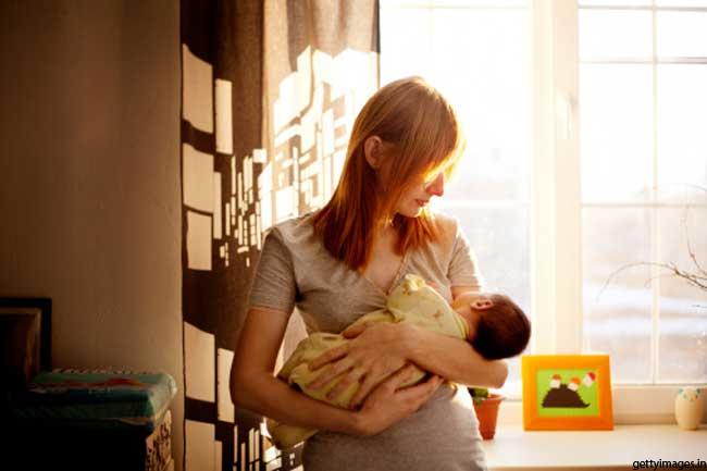 मां बनने के साथ होती शुरूआत