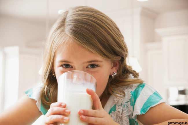 कैसे पचता है दूध