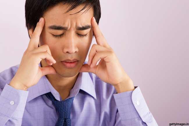 सिरदर्द के लिए आवश्यक तेल