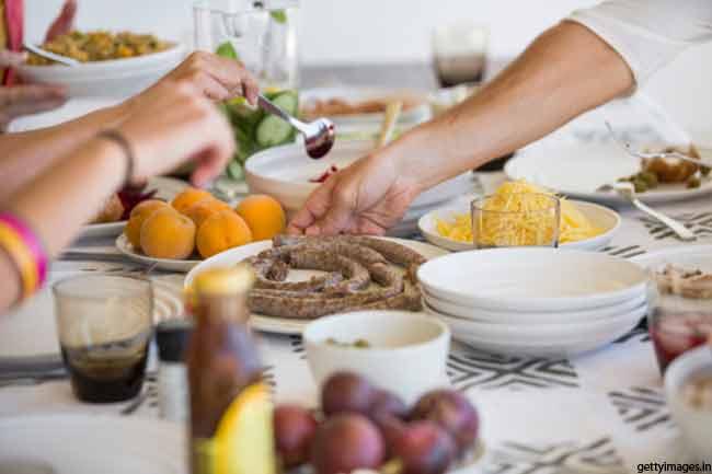 स्वस्थ आहार लें