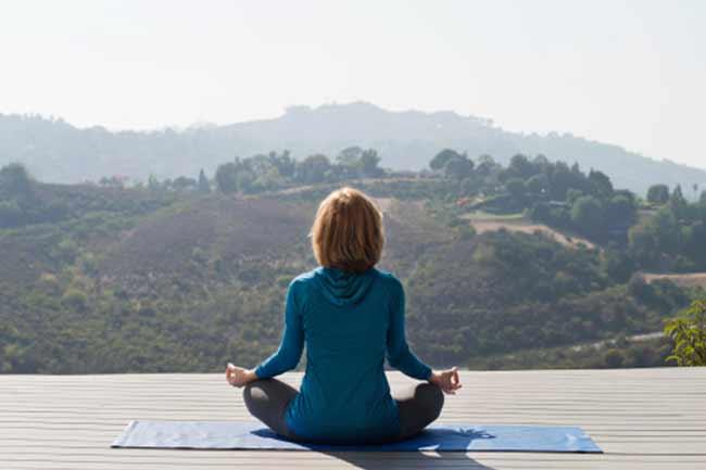 योग एक्सरसाइज और ध्यान